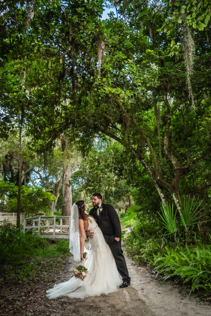 Wedding at Dunlawton Sugar Mill Gardens