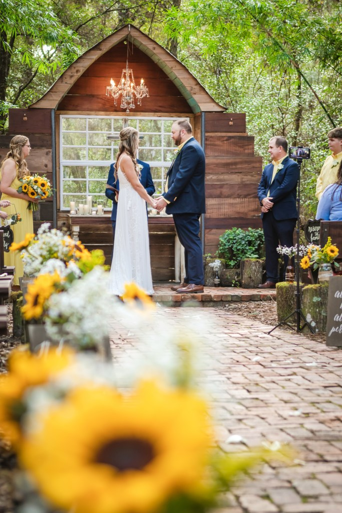 Micro Wedding at Bridle Oaks